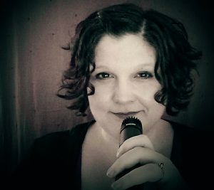 Ava Love Hanna - Writer, Storyteller, Coach with Story Foundry